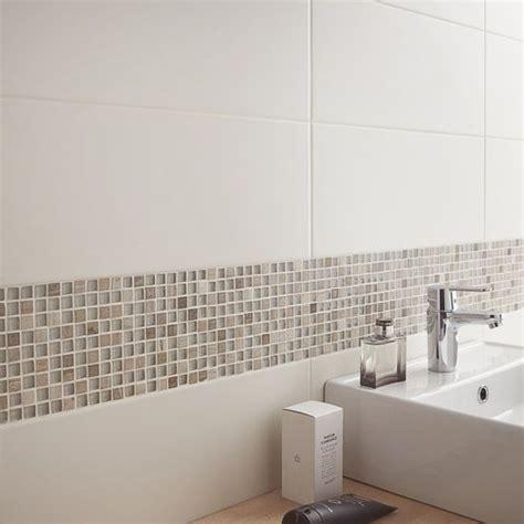 les 25 meilleures id 233 es concernant salle de bain beige sur
