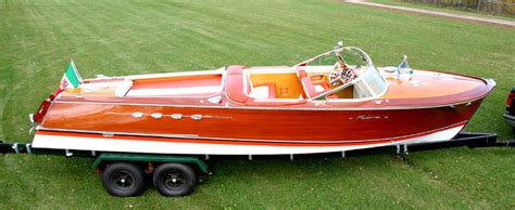 Riva Italian Wooden Boats by Do Those Wooden Speed Boats You See In The Italian Lakes