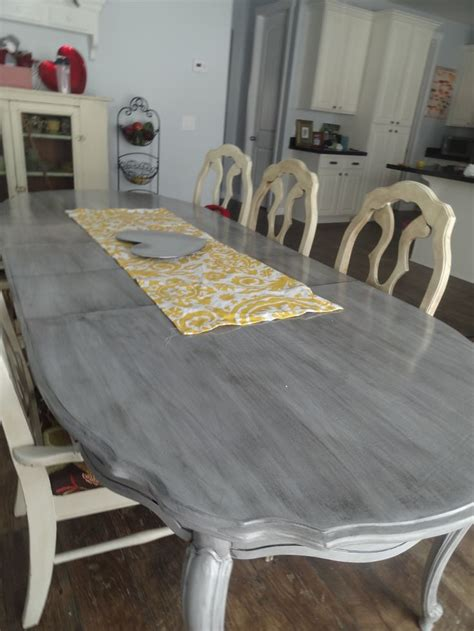 refinishing  kitchen table  mommy style blog posts