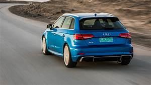 Audi Rs3 Sportback 2017 : audi rs3 sportback 2017 review by car magazine ~ Medecine-chirurgie-esthetiques.com Avis de Voitures