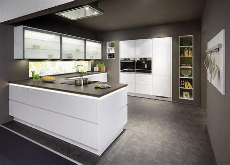 Illuminazione Cucina Moderna Cucine Bianche Moderne Luminosit 224 E Personalizzazione