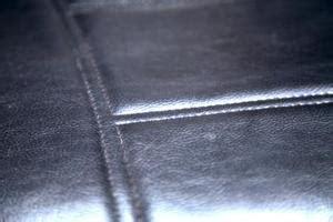 réparer un canapé en cuir comment réparer un canapé en cuir usé condexatedenbay com