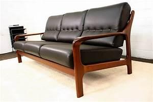 Möbel 60er 70er : archiv bereits verkaufte designklassiker design m bel der 80er 70er 60er 50er 40er 30er ~ Markanthonyermac.com Haus und Dekorationen