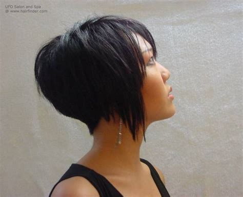 Inverted bob with tight blending in the nape and gradually