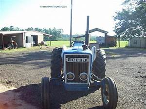 2600 Ford Diesel Tractor