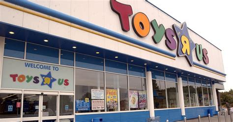 Toys 'r' Us Reveals List Of 26 Stores That Will Close