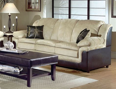 Ways To Enhance The Beauty Of Modern Living Room Sets