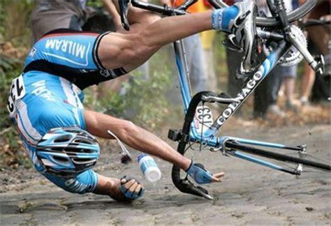 Bike-crashes-at-tour-de-france-2