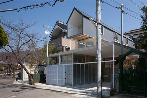 tato architects merge house  ishikiri   historic setting