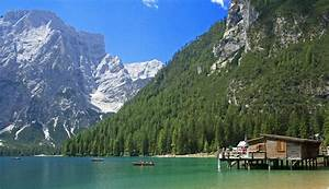 three perfect italian spring destinations italy magazine With soggiorno lago di braies