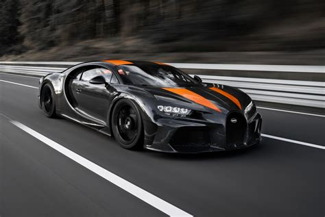 Price Bugatti Chiron by They Did It Bugatti Chiron Breaks 300 Mph Barrier 304
