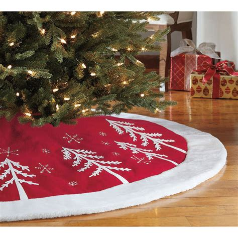 decorative    christmas tree skirt  red