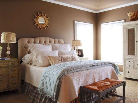 couleur chambre à coucher peinture chambre beige et marron chaios com