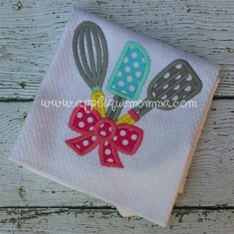 kitchen applique designs 213 best images about applique towels on hens 2187