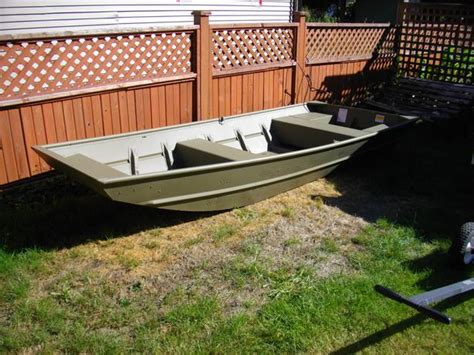 Lund Boats Duncan Bc by Like New 12 Ft Lund Jon Boat Duncan Cowichan