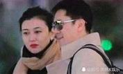 五十岁蔡国庆,老婆近照曝光,网友:怪不得那么久都不公开-看点快报