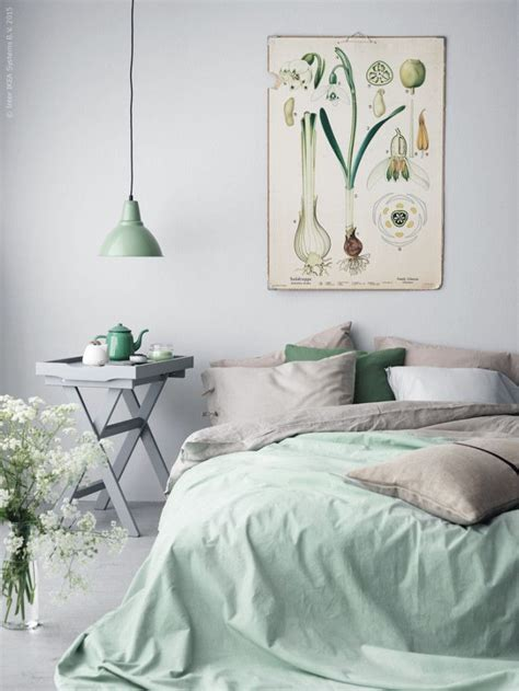 mint green bedroom decor 25 best ideas about mint green bedrooms on pinterest 16204 | ab286800eca9f441e759c2d8da13e015