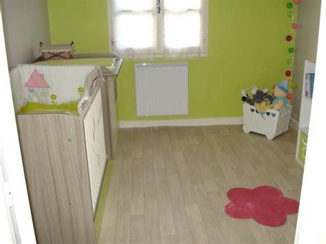chambre bébé verte chambre de notre choupinette verte grise touche de