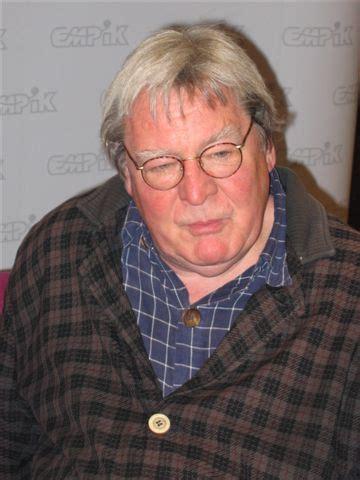 Le cinéaste Alan Parker au Lido de Saint-Maur-des-Fossés ...