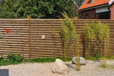 palissade en bois exterieur cloture en bois ext 233 rieur
