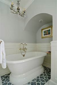 Bathroom Wainscoting - Eclectic - Bathroom