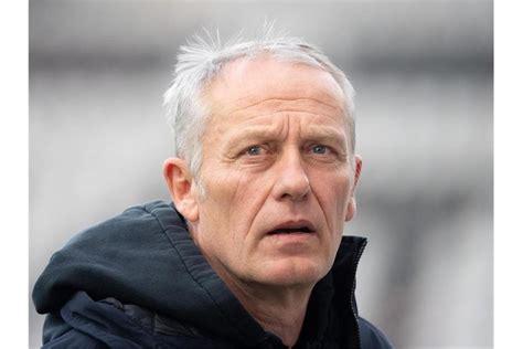 Schluss, freiburg gewinnt mit 2:0. Freiburg bei Auswärtsspiel in Augsburg unter Druck