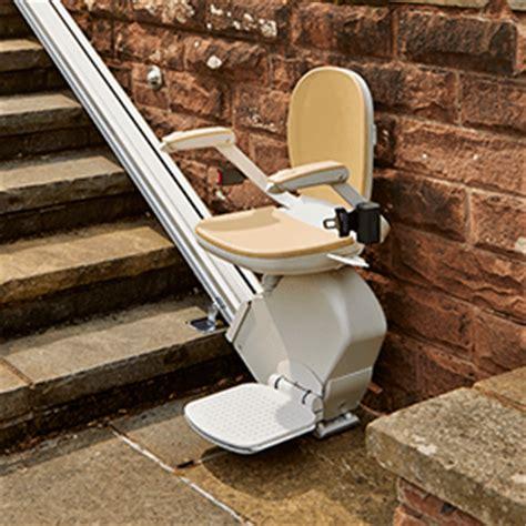 confort plusmonte escaliers acorn