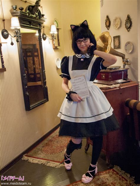moscows  maid cafe  russian  japan approved