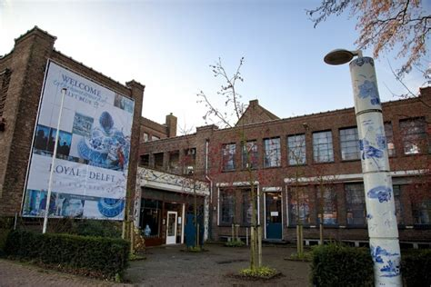 Amsterdam Museum Royal by What To Do In Delft Tour The Royal Delft Factory Museum