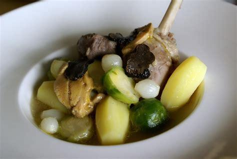 pot au feu au canard pot au feu de canard au foie gras recette de pot au feu de canard par chef simon