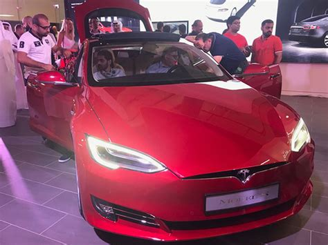 26+ Tesla Car Showroom In Dubai Pics