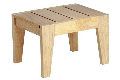 table basse en bois pour bain de soleil haut de