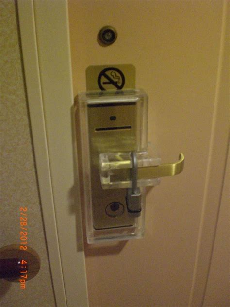 cruise ship door locking devices   earth   cruise law news