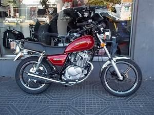 Moto Suzuki 125 : 1000 ideas about moto 125 on pinterest scooter 50 engine and chappement ~ Maxctalentgroup.com Avis de Voitures