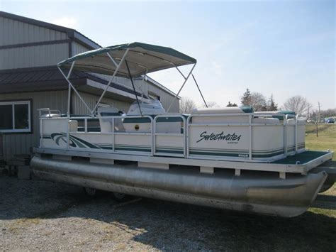 front of pontoon boat sinking 1997 sweetwater 20 pontoon boat w 30hp mercury central