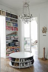 la table basse ronde est un element incontournable de l With ordinary meuble pour petite entree 3 le meuble console d entree complate le style de votre