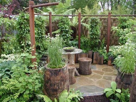 patios  jardines pequenos rusticos jardines pequenos