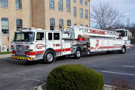 First-Ever Pierce Ascendant 107-Foot Aerial Tiller ...