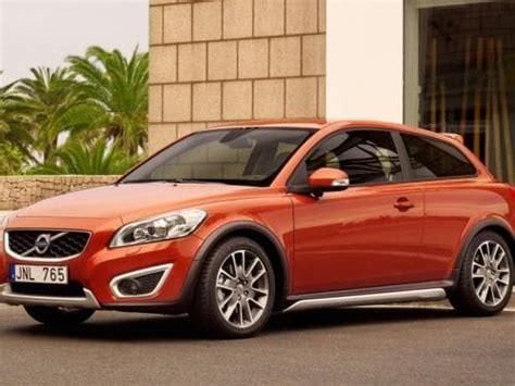 volvo xc price launch date  india review images