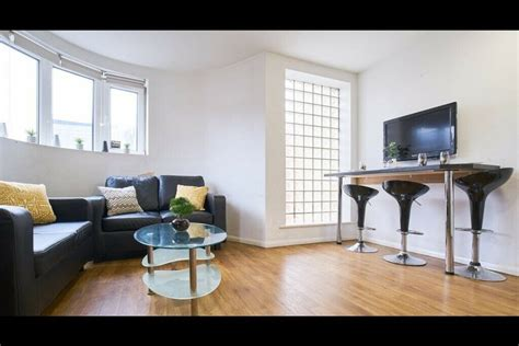 Check spelling or type a new query. STUDENT ROOM TO RENT IN MANCHESTER. EN-SUITE WITH PRIVATE ...