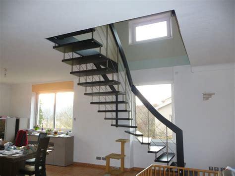 cuisine pas cher sur mesure escalier moderne quart tournant ranpe d escalier inox drome