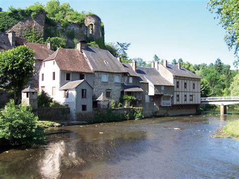 bureau angles ségur le château les plus beaux villages de