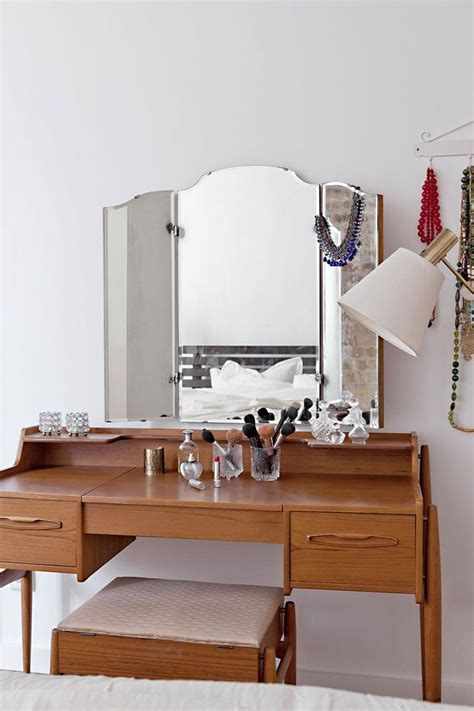 chambre style usine les 25 meilleures idées concernant coiffeuse meuble sur