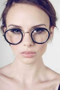 coupe de cheveux pour femme ronde comment choisir ses lunettes de vue