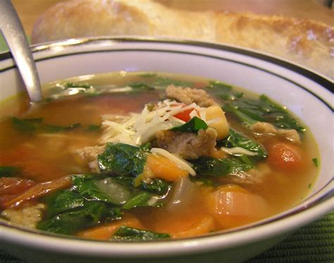 There are so many keto recipes you can make with ground turkey it's hard to pick only 7, but i'll try my best. Italian Ground Turkey and Spinach Soup | Spinach soup, Homemade beef broth, Soup recipes
