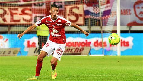 Xavier Le Brestois Qui A Le Télégramme Stade Brestois Stade Brestois Stade De