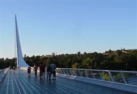 File:Sundial Bridge, Redding (8038347700).jpg - Wikimedia ...