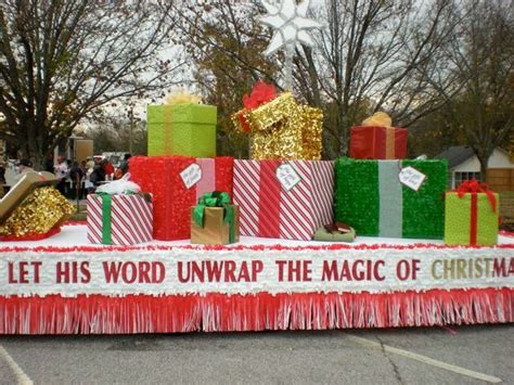 Christmas Parade Floats Pictures