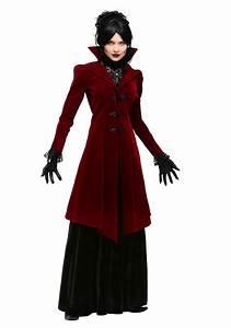 Womenu0026#39;s Delightfully Dreadful Vampiress Costume