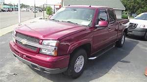 2004 Chevrolet Silverado Pickup Truck Start Up  Interior